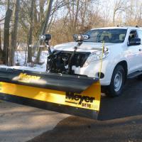 Schneepflug Meyer Drive Pro 7-5 zu Trägerfahrzeug Toyota Landcruiser